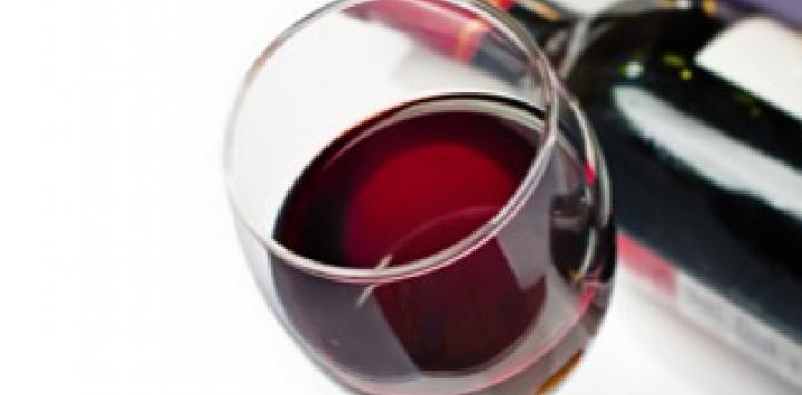 resveratrol-vino-cancer.jpeg